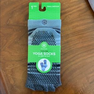 Yoga toeless socks